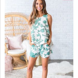 Impressions top and shorts set!